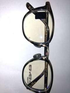 日本手製眼鏡