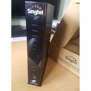 LIKE NEW Singtel Aztech 4 port Wireless Wifi AC Gigabit Router DSL7003GRV MioTV SingtelTV