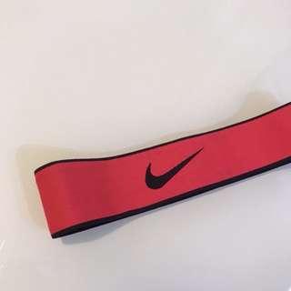 🚚 Nike 頭帶