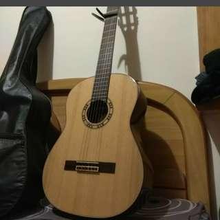 🚚 古典吉他