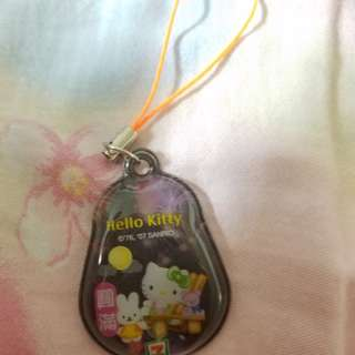 7-11 Hello Kitty 圓滿 吊飾