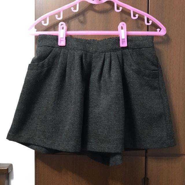 灰黑毛呢感褲裙