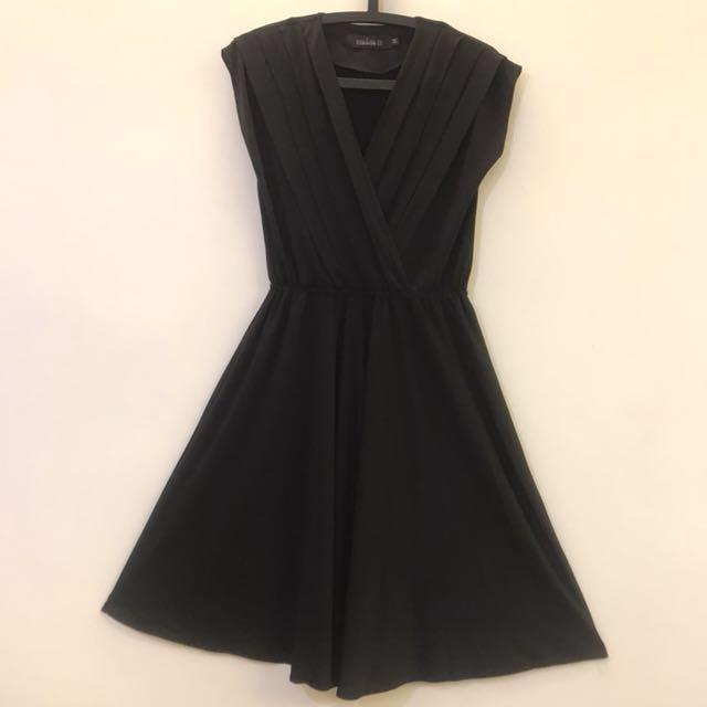 黑色 小包袖 洋裝