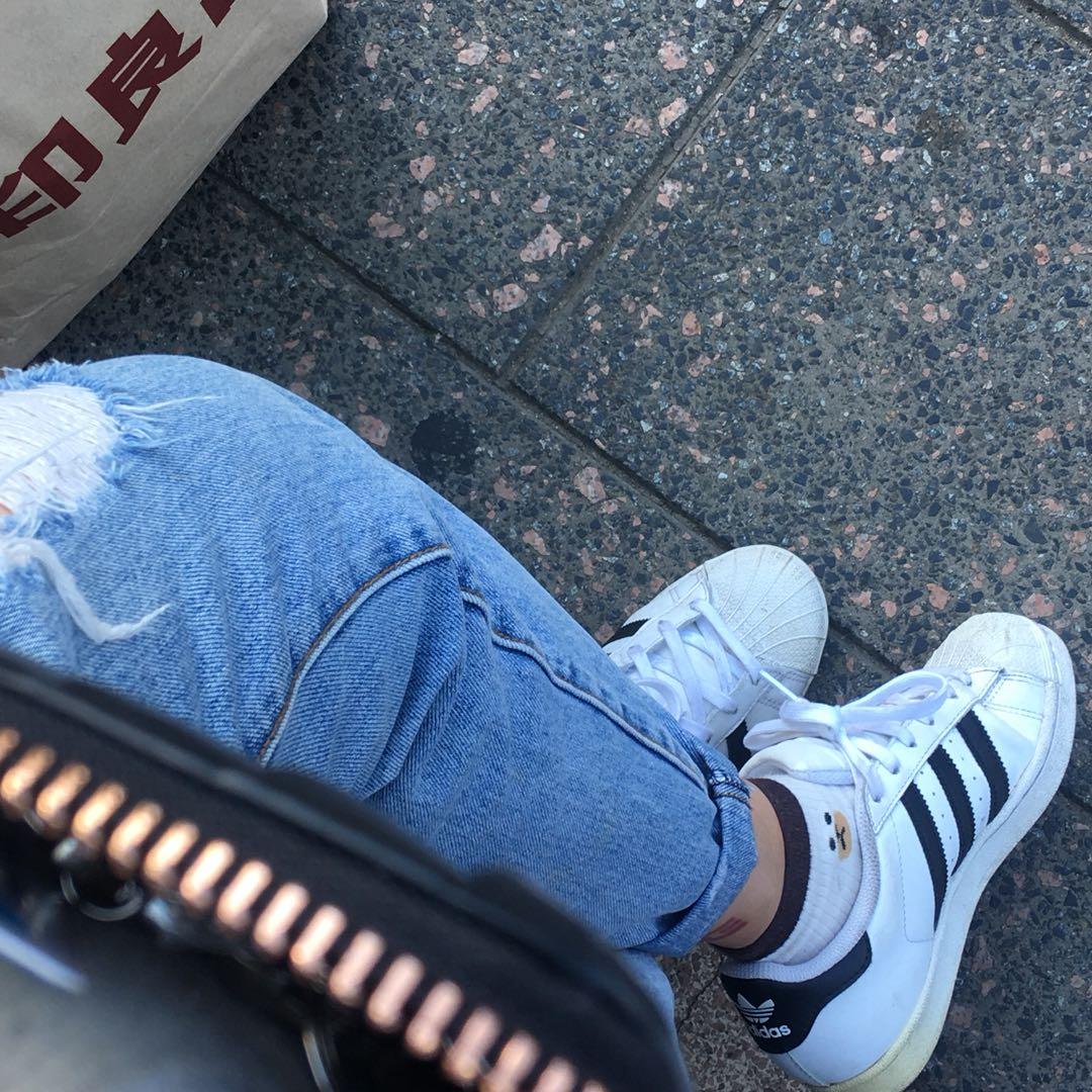 Adidas original sz US4/EU36/22cm