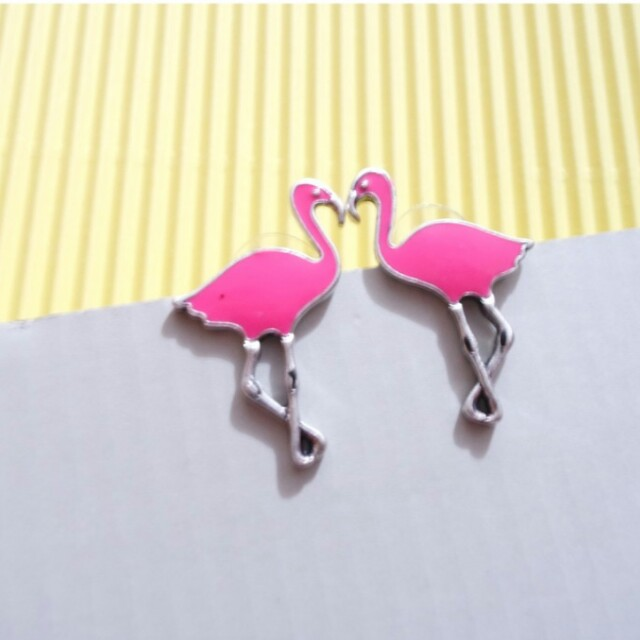 Anting lucu Flamingo