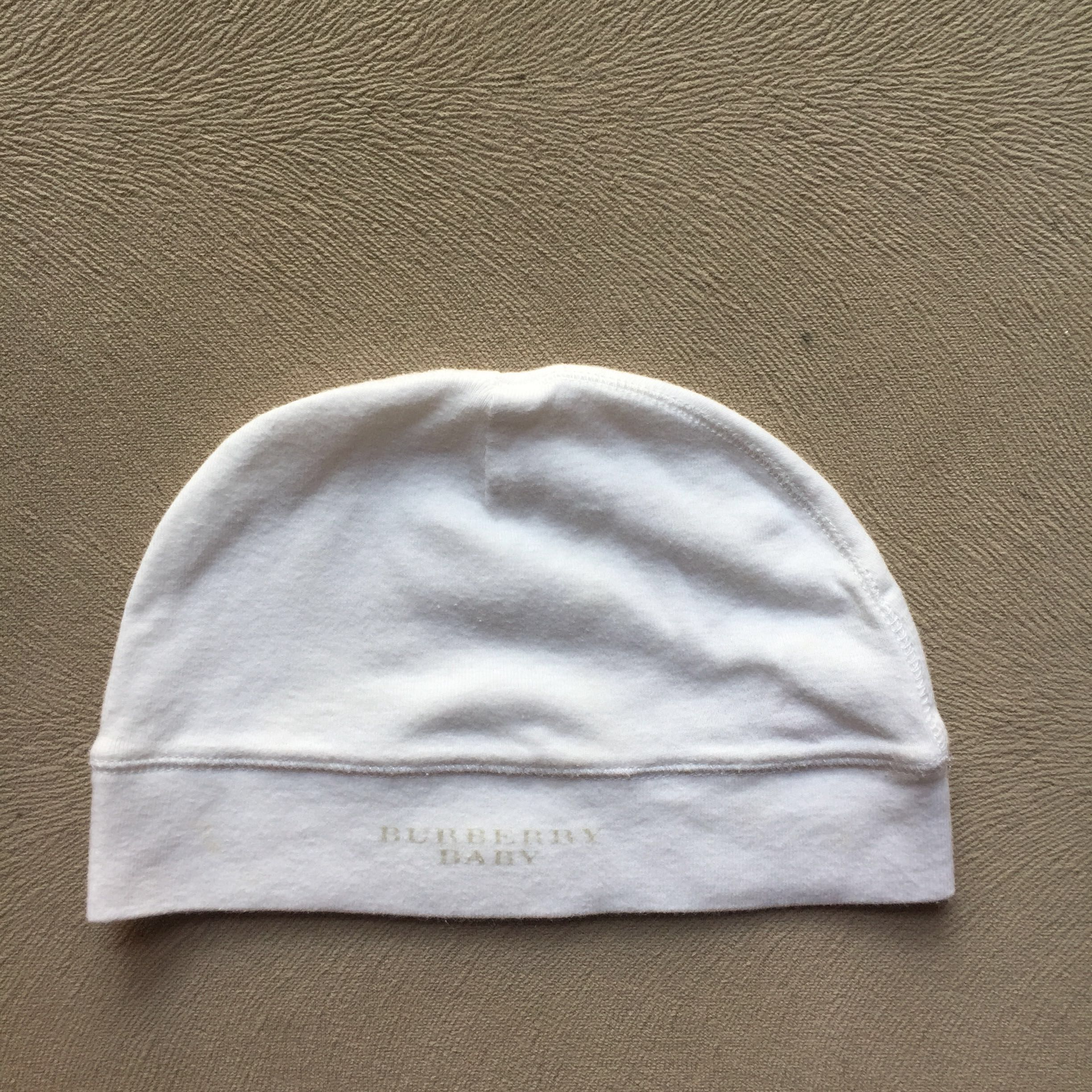 Authentic BURBERRY BABY hat 12mths c166de413099