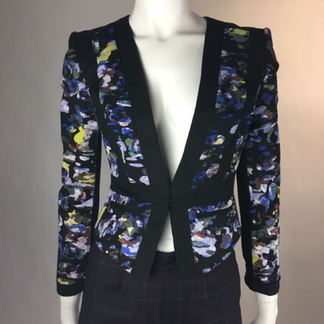 BCBG tailored blazer