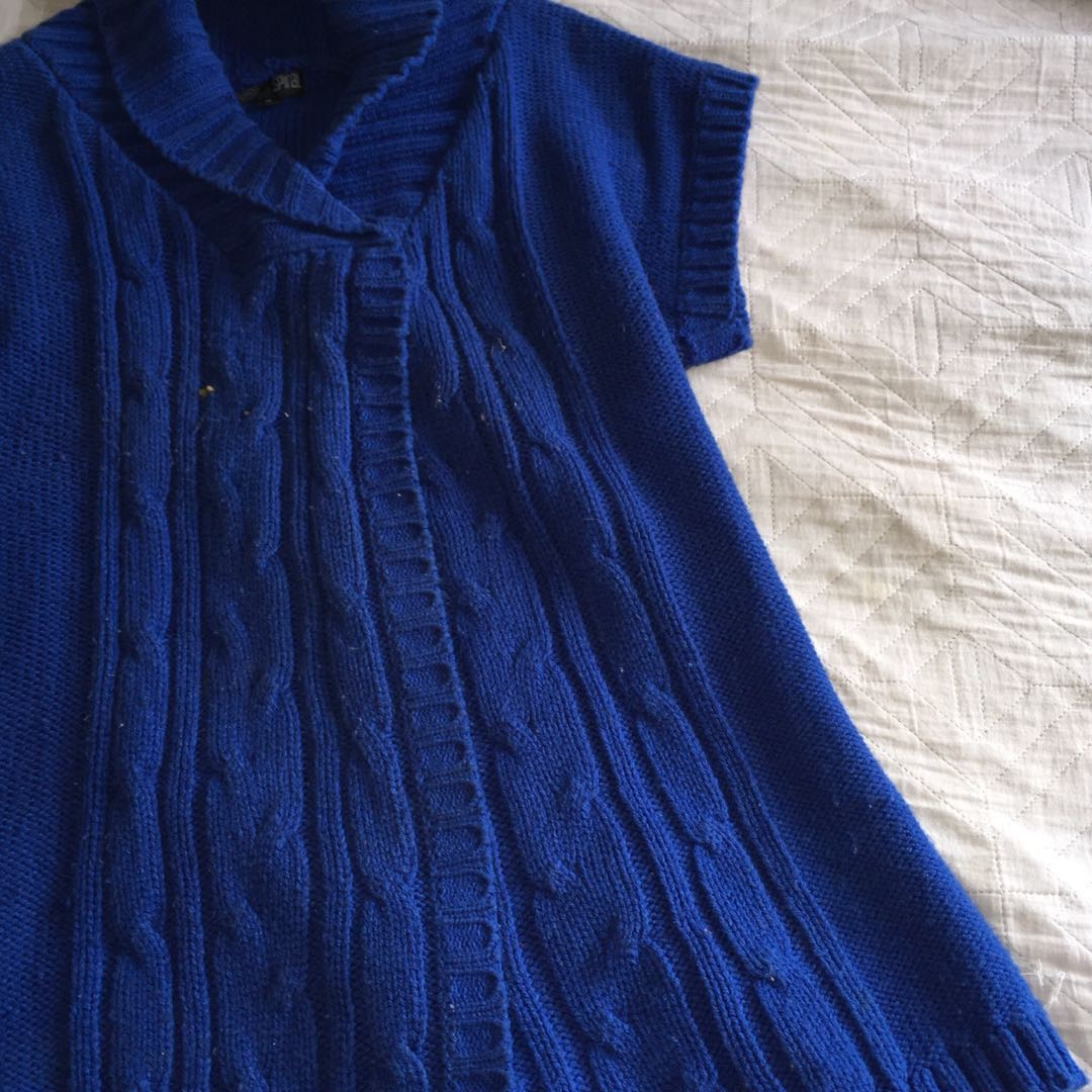 BLUE Knitted Cardigan SIZE M