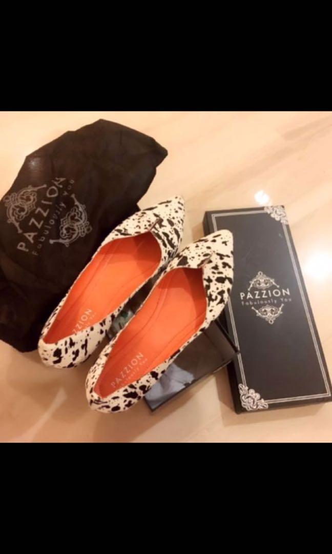 Close flat shoes