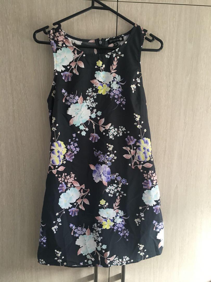 Cotton on floral mini dress size XS