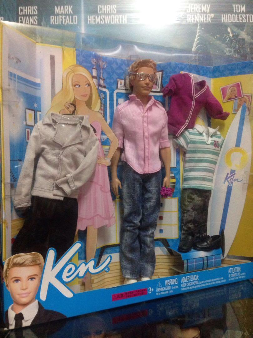SALE! Fashionistas Ken doll Giftset (Barbie)