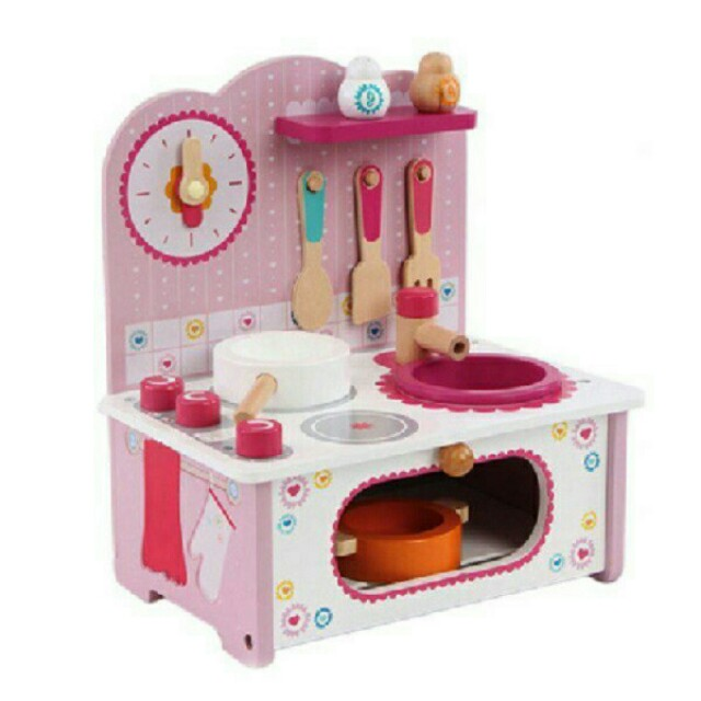 *FREE DELIVERY to WM only / Ready stock* Kids wooden kitchen playset as shown design/color. Free delivery is applied for this item.