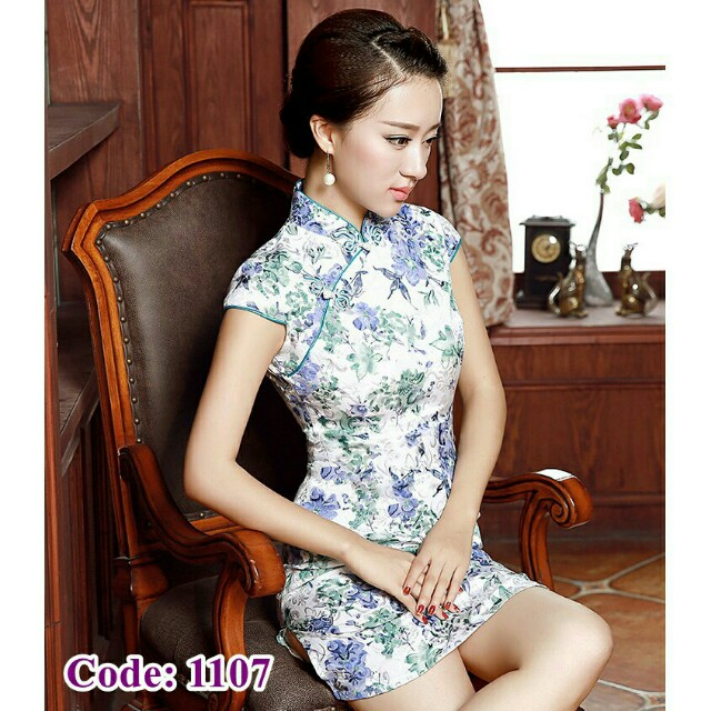 *FREE DELIVERY to WM only / Ready stock* Ladies cheongsam design wear/dress each as shown design no7 2xl, no8 xl/color. Free delivery is applied for this item.