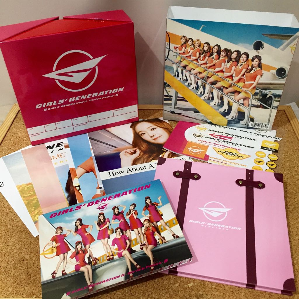 Girls & Peace (Deluxe First Press Limited Edition) - Girls' Generation