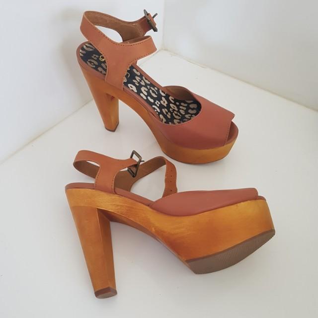 Gorman leather heels size 5
