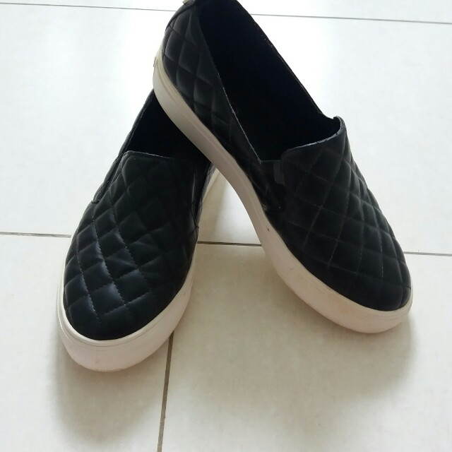 Guess Leather Low Cut Shoes