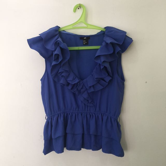 H and M ruffled semi cropped top