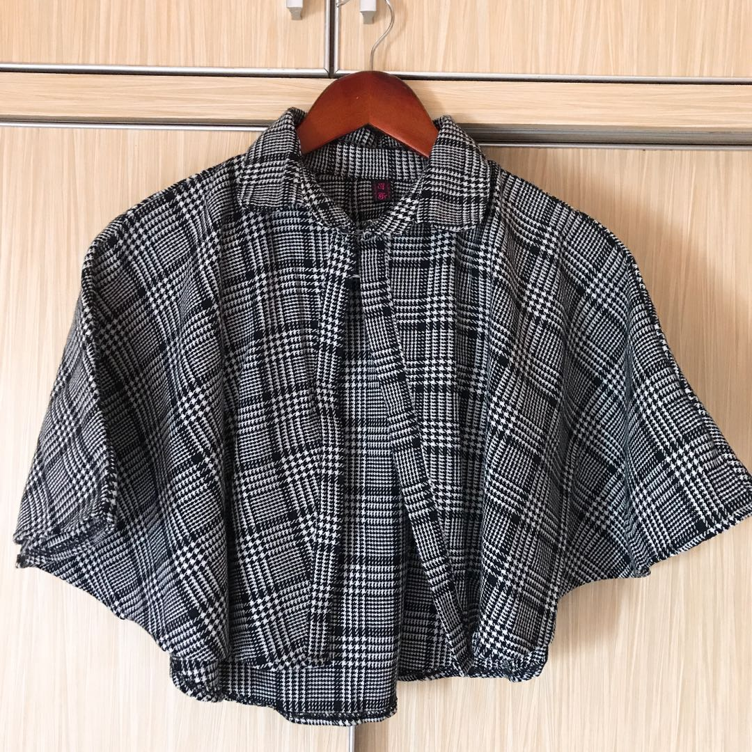 Houndstooth Cape Outer