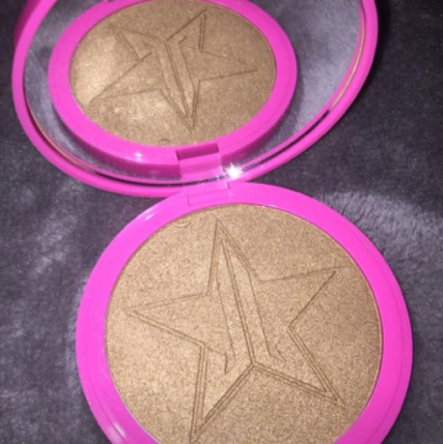 Jeffree Star Skin Frost 'So Fucking Gold'