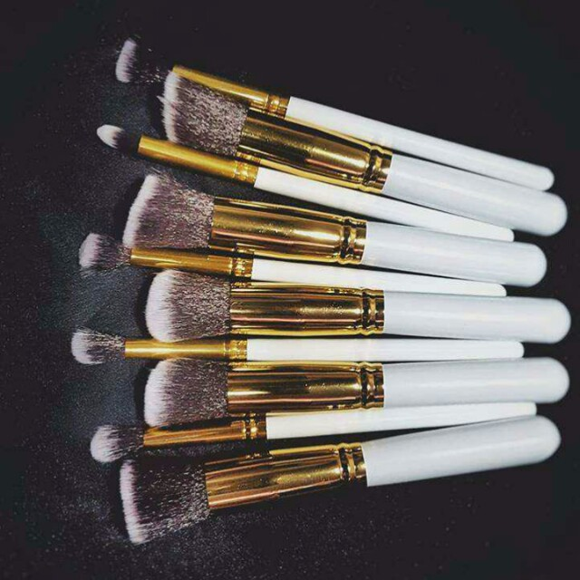Makeup Brush Set (white)