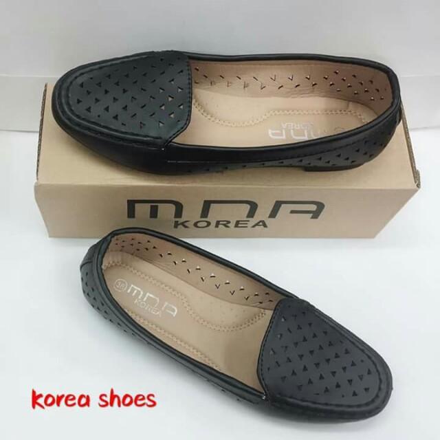 Koream flat shoes