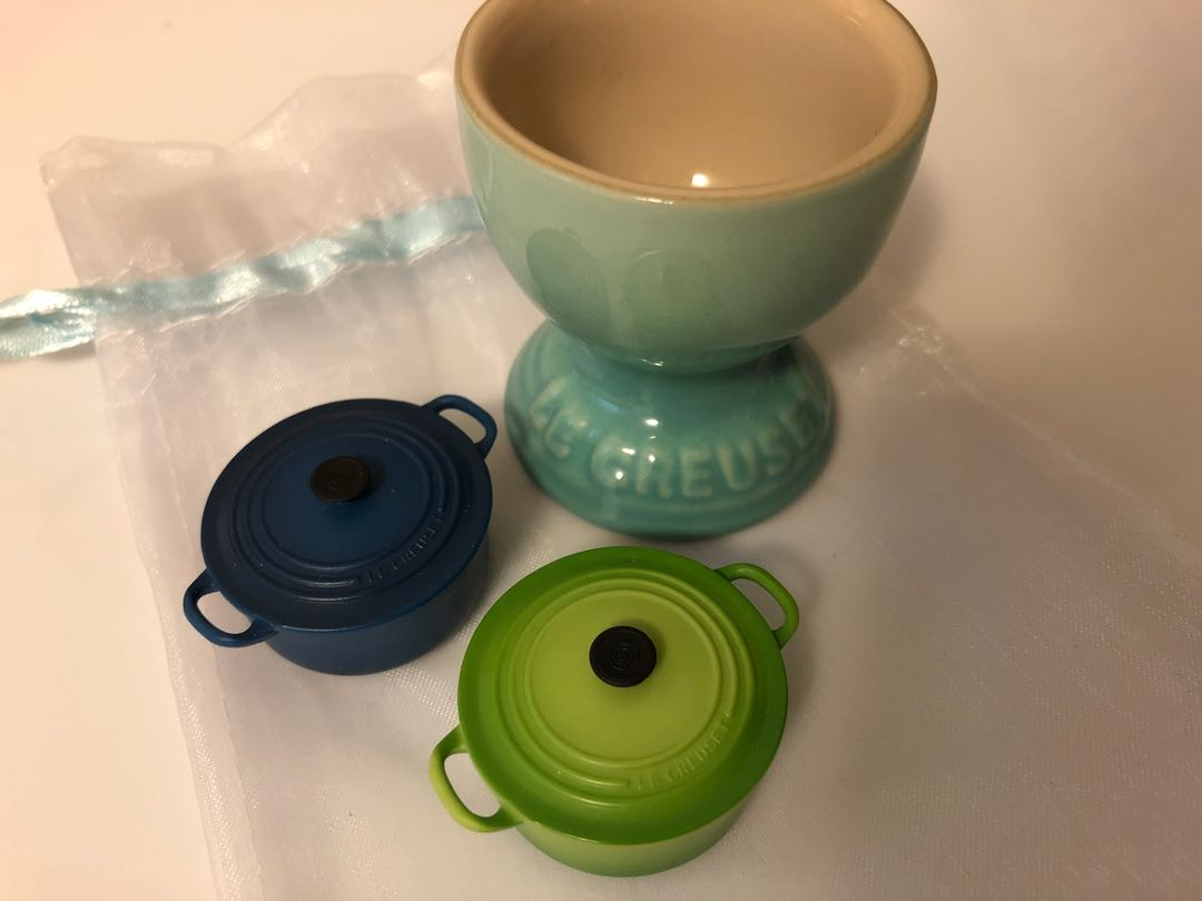 Le Creuset Stoneware Egg Cup & Dutch Oven Magnets