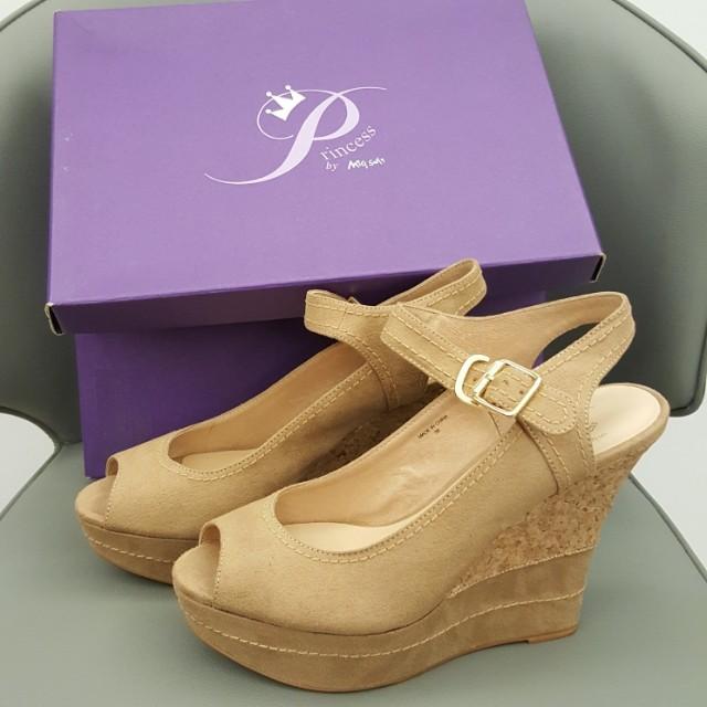 🎀Miss sofi 🎀Princess🎀裸色楔型魚口瑪麗珍鞋