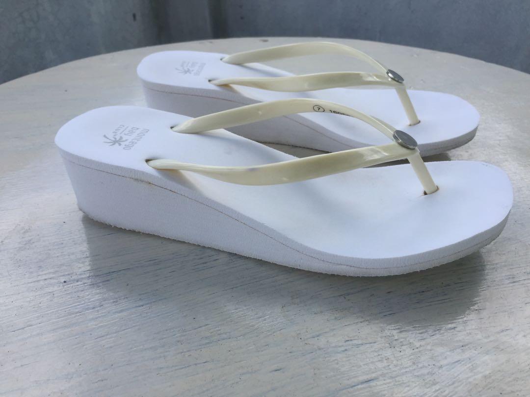 b75ea1c4118 Montego Bay wedge beach slippers (Payless)