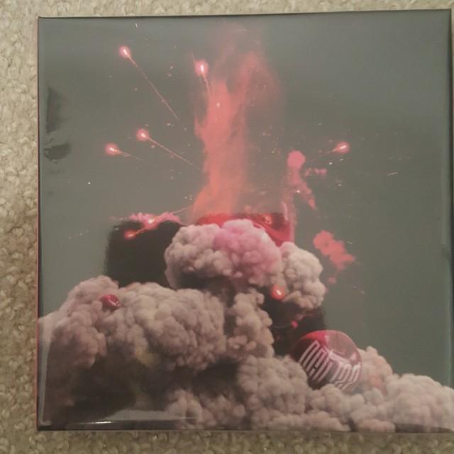 NCT CHERRY BOMB W PC