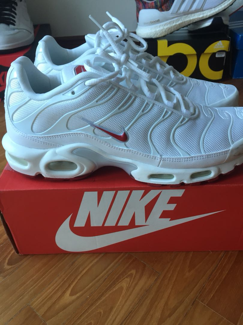 promo code 85bb2 72fa0 Nike Air Max Plus TN White and Red US11, Men's Fashion ...