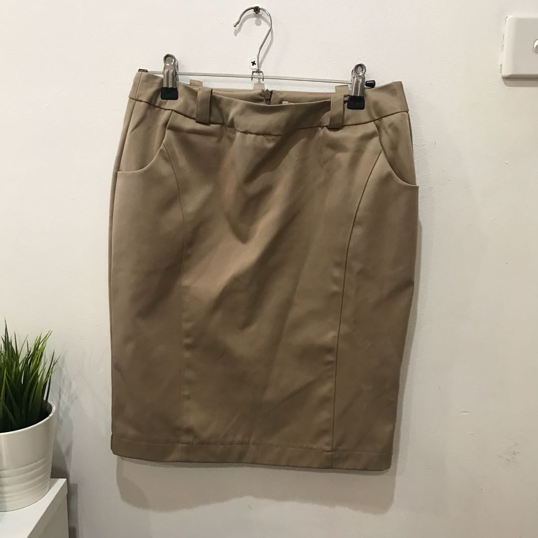 Nude Office/Work Skirt - Size 8