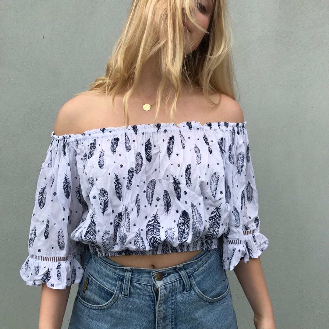 OFF SHOULDER FEATHER TOP