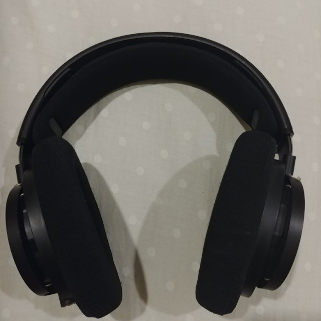 cb466601b04 Phillips SHP9500 Open Back HD Headphones, Electronics, Audio on Carousell