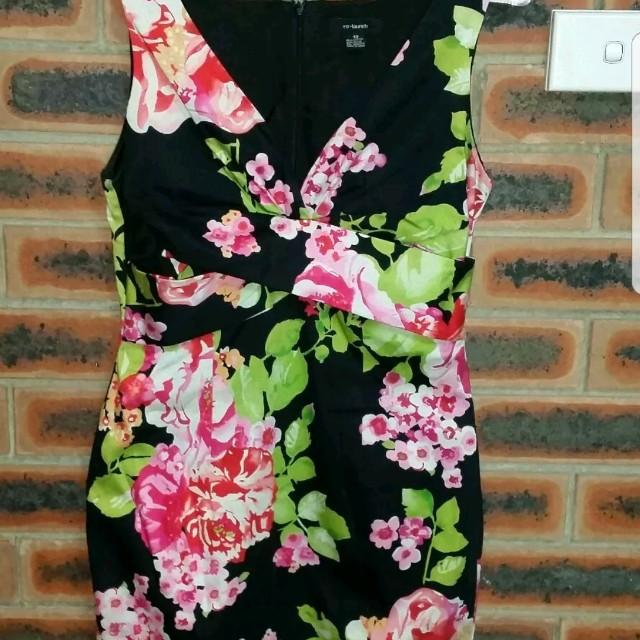 RE-LAUNCH FLORAL DRESS Size 10