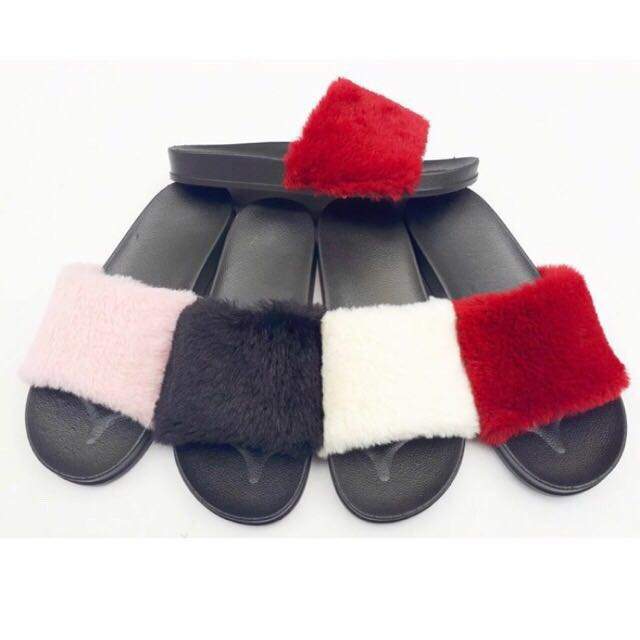 Sandal / sendal / sandal bulu / jely