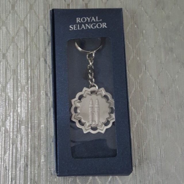 Royal Selangor Pewter KLCC Twin Towers Key Chain