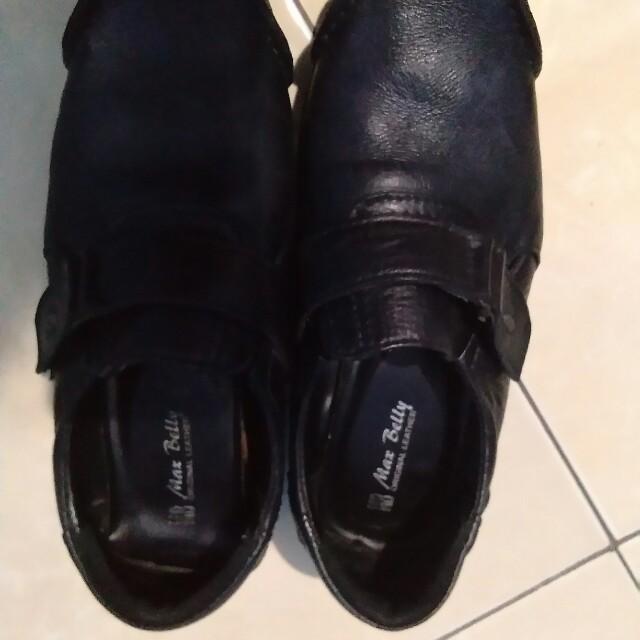 Sepatu kulit Pria 9f30e1cff4