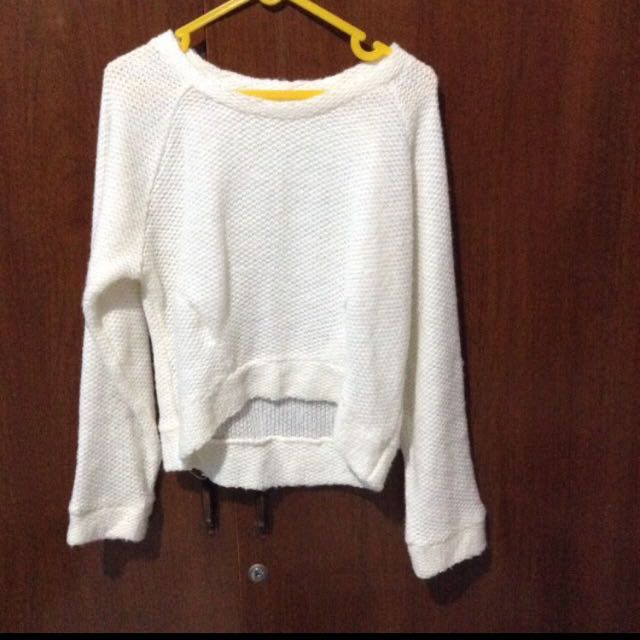 Sweater crop (crop top)
