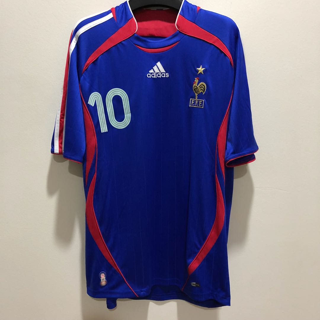 3ebdc3e3227 ZINEDINE ZIDANE France Home World Cup 2006 ADIDAS Jersey (Size S), Sports,  Sports Apparel on Carousell