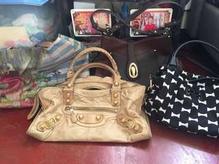 Auth preloved bags PLEASE TAKE TIME TO READ