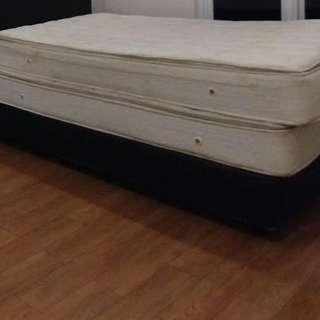 Florence spring bed ada 4 buah ukuran 120x2m