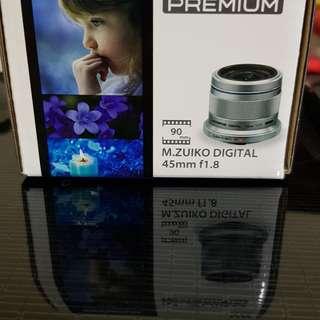 Olympus M.ZUIKO Premium 45mm f1.8 lens