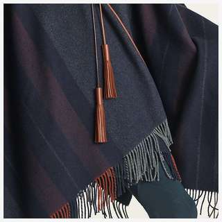 Hermes Rocabar poncho, Free size, Full set with shop receipt
