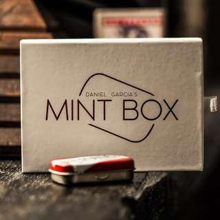 Mint Box - Daniel Garcia