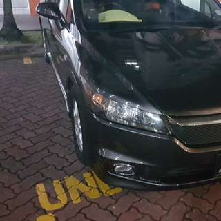 RENT Honda Stream 1.8 RSZ
