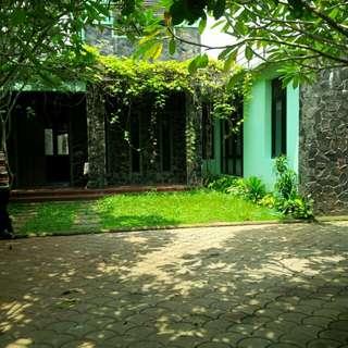Rumah Asri Terawat Sejuk Siap Huni di Cinere  Surat