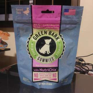 Green Bark Gummies Health & Vitality Duck Dog Treats (113g)