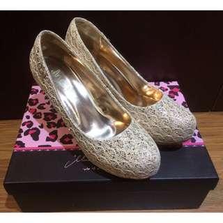 ✨二手✨Ann's 蕾絲婚鞋 👠👠👠 金色