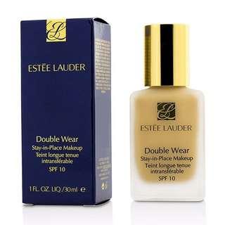 Estee Lauder Double Wear Foundation in warm vanilla