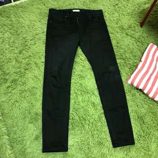 Uniqlo skinny 窄管褲